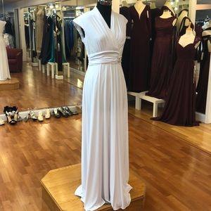 Women's graduation dress, sleeveless